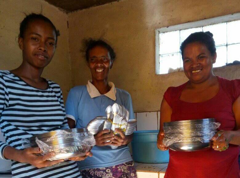 Foto: Sekoly-DMG-Schule Küchenpersonal